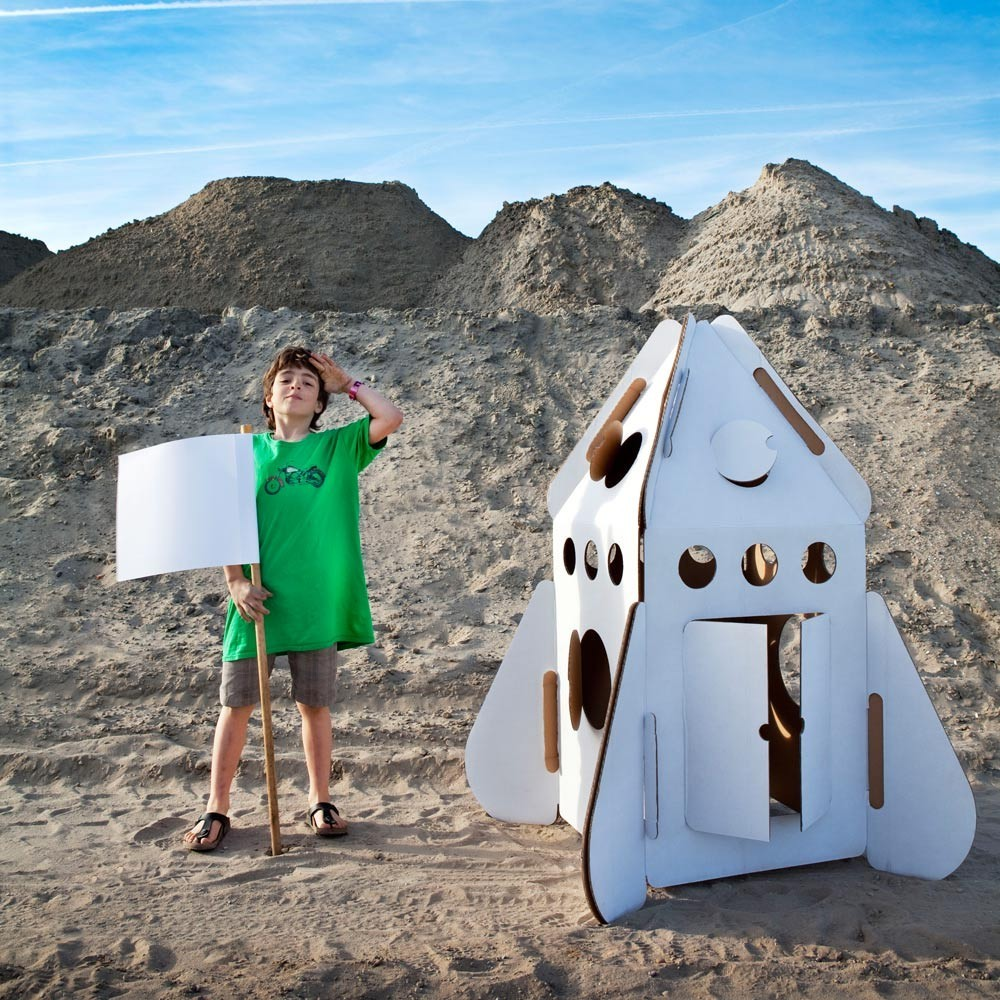 Rocket Mini House in recycled cardboard-product
