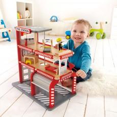 Hape Caserne de pompiers-listing