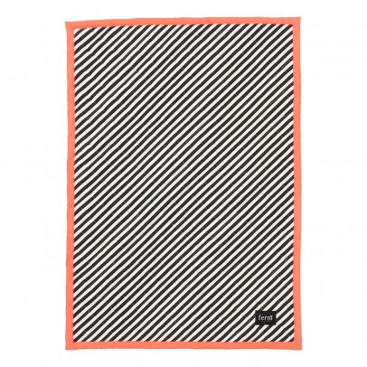 Ferm Living Striped Quilt 100x70 cm - Neon Pink-product