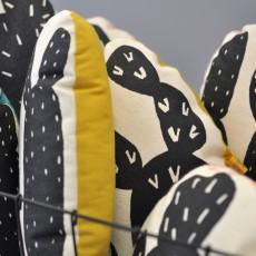 Anne Fontaimpe Cuscino Cactus dorso pesca 22x22 cm-listing