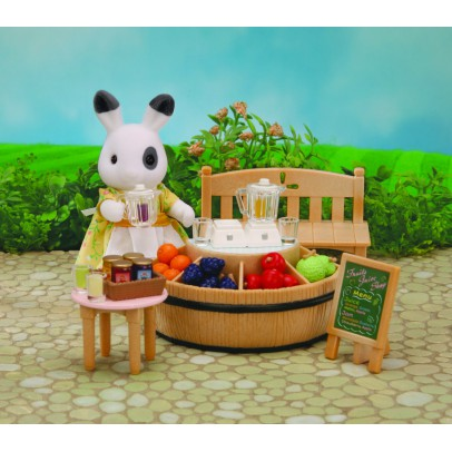 Sylvanian Fruit Juice Bar and Figurines-listing