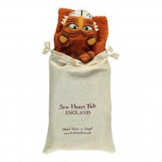 Sew heart felt Rug - Tiger-listing