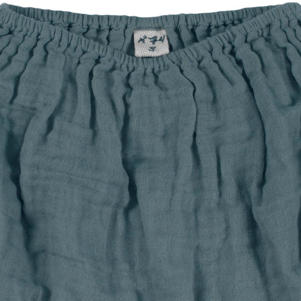 Bloomers Emi-product