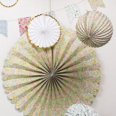 Meri Meri Rosace en papier géante à motif Liberty Poppy & Daisy-listing