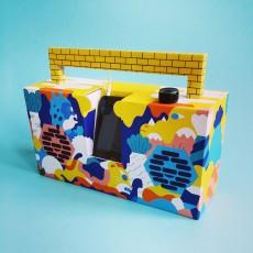 Berlin Boombox Enceinte façon Ghetto blaster 3.0 avec port USB Montana et 6 feutres-listing