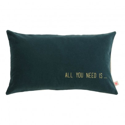La cerise sur le gâteau All You Need Is Lina Cushion -listing