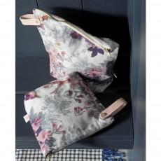 La cerise sur le gâteau Iona Toiletry Bag-listing