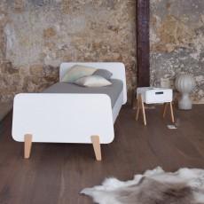 Laurette Natural Wood MM Footed Bed-listing