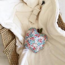 Annabel Kern Musik- Mobil Apfle Poppy Winter-listing