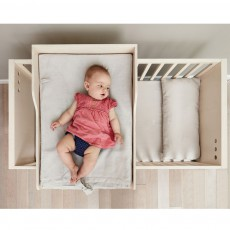 Kutikai The Roof Changing Table-product