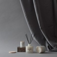 Skandinavisk Vela perfumada Love con tapa - 190 g-listing