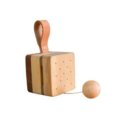 Eguchi Toys Caja de música de madera y cuero Natural-listing