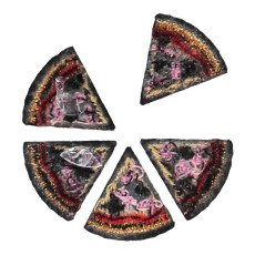 Macon & Lesquoy Set of 5 Pizza Badges Red-listing