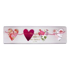 Meri Meri Small Floral Heart Garland-product