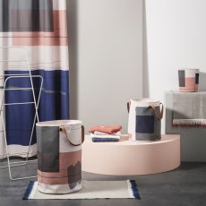 Ferm Living Cesto per bucato Colour Block-listing