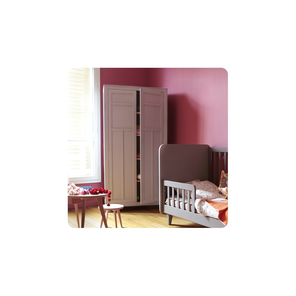 armoire parisienne gris clair laurette design enfant. Black Bedroom Furniture Sets. Home Design Ideas