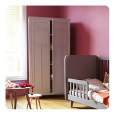 armoire 3 portes trendy blanc quax design enfant. Black Bedroom Furniture Sets. Home Design Ideas