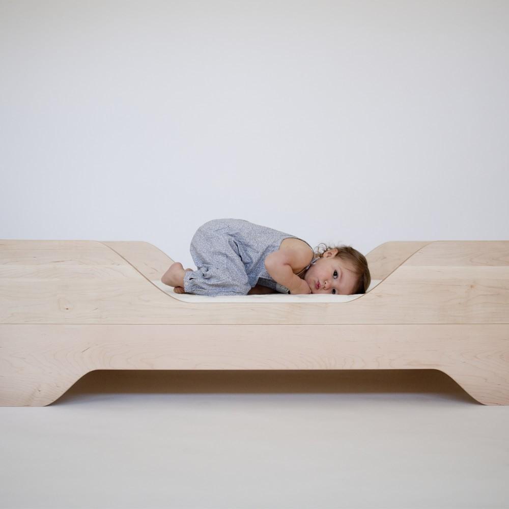 lit junior echo naturel kalon studios design enfant. Black Bedroom Furniture Sets. Home Design Ideas
