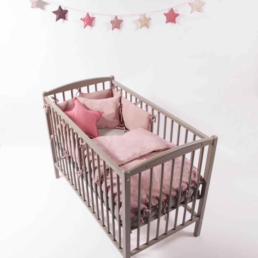 lit b b 60x120 cm arthur laqu blanc combelle design b b. Black Bedroom Furniture Sets. Home Design Ideas