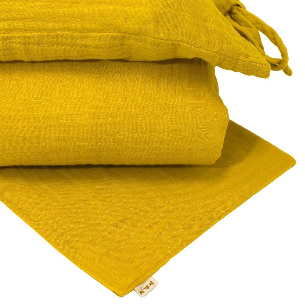 parure de lit jaune tournesol numero 74 design adolescent. Black Bedroom Furniture Sets. Home Design Ideas