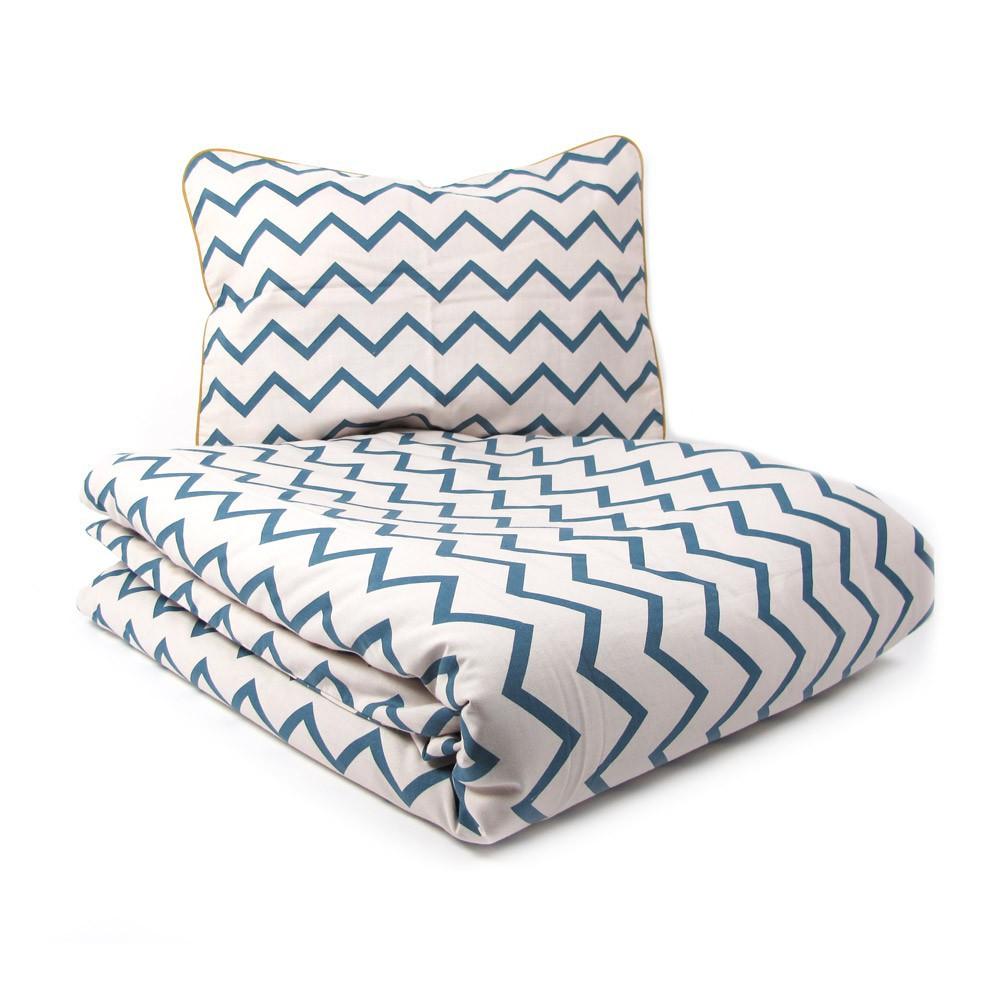 parure de lit vancouver zig zag bleu nobodinoz design enfant. Black Bedroom Furniture Sets. Home Design Ideas