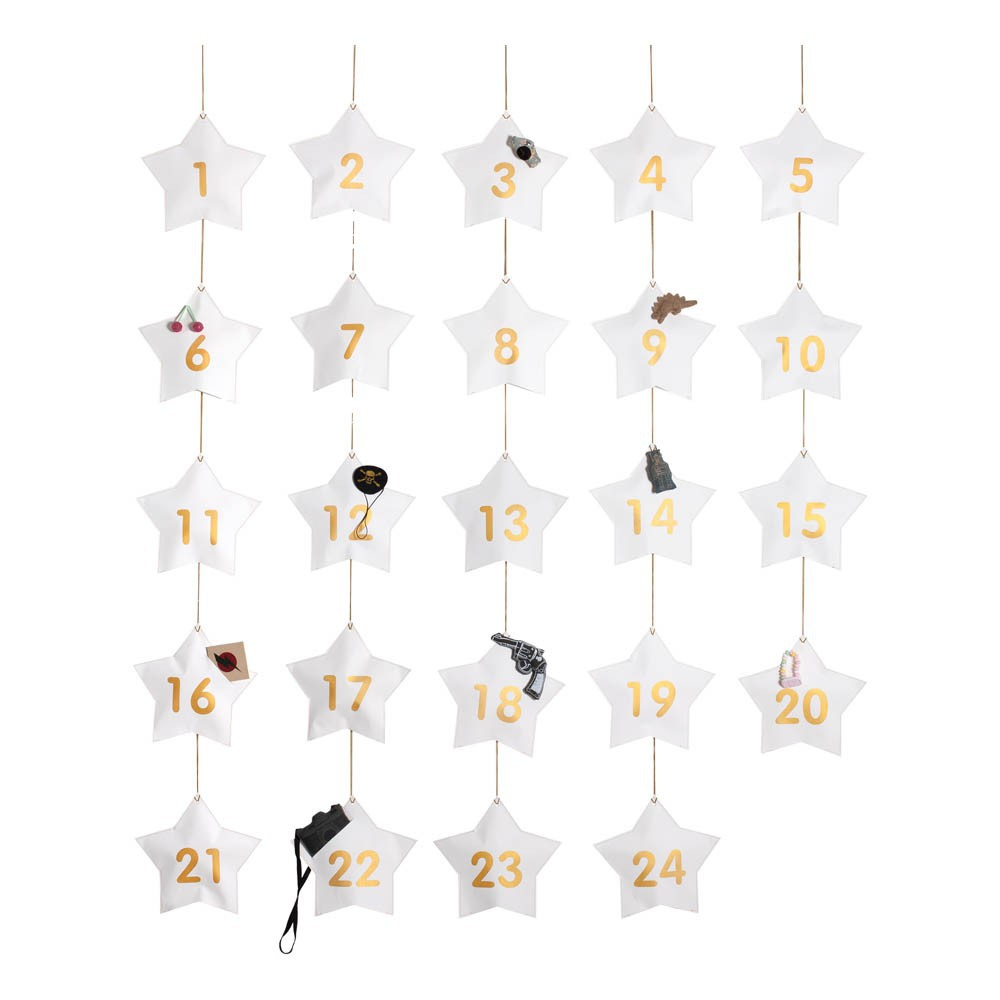 calendrier de l 39 avent gar on 24 surprises blanc numero 74. Black Bedroom Furniture Sets. Home Design Ideas