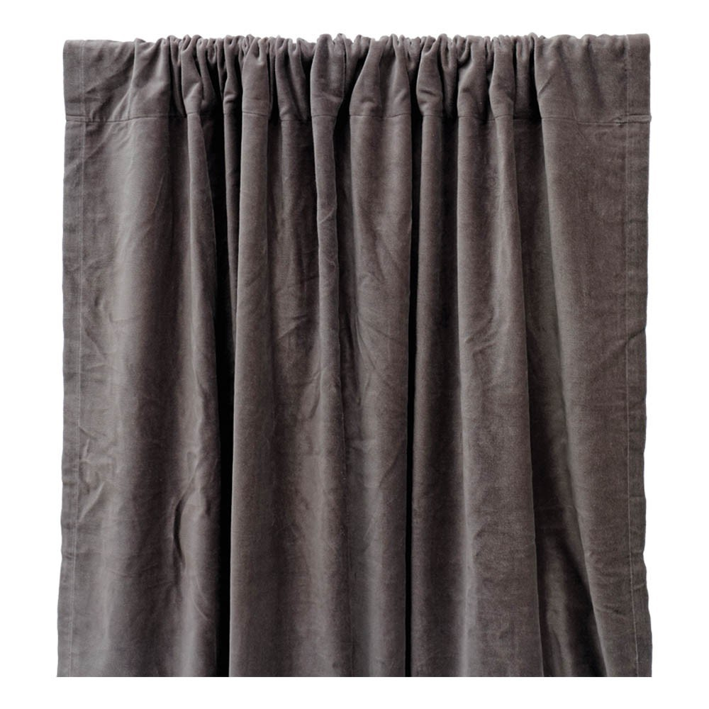 rideau occultant en velours de coton gris liv interior design. Black Bedroom Furniture Sets. Home Design Ideas