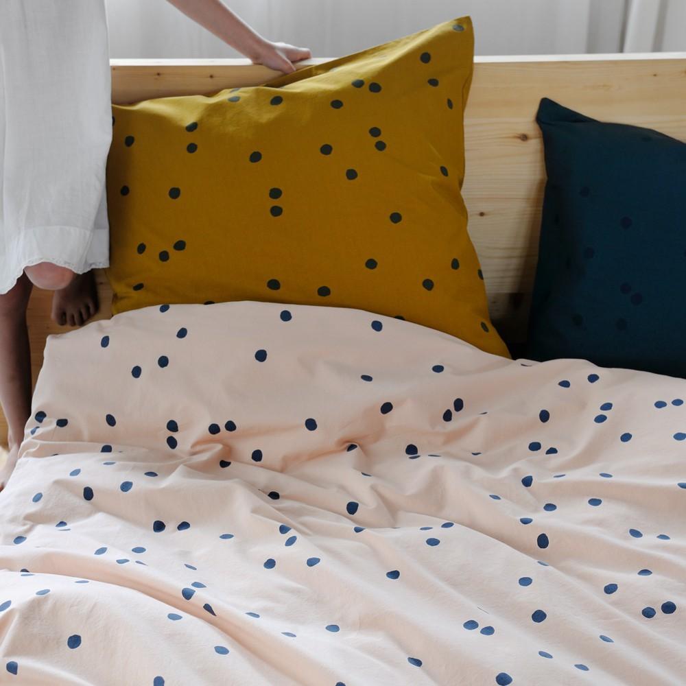 housse de couette odette pois gris gris ardoise la cerise sur. Black Bedroom Furniture Sets. Home Design Ideas