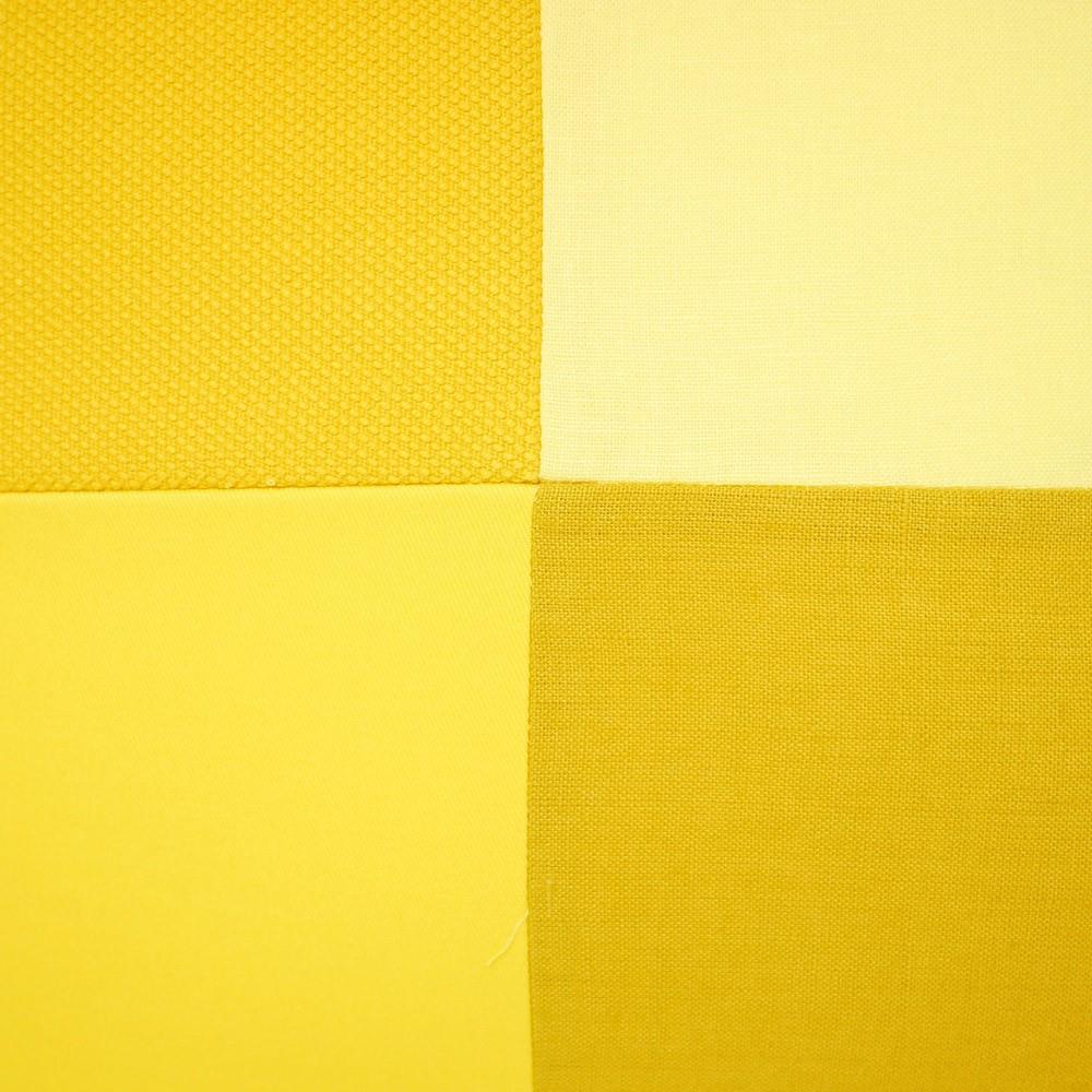 coussin kvadrat damier 50x50 cm jaune lab design enfant. Black Bedroom Furniture Sets. Home Design Ideas