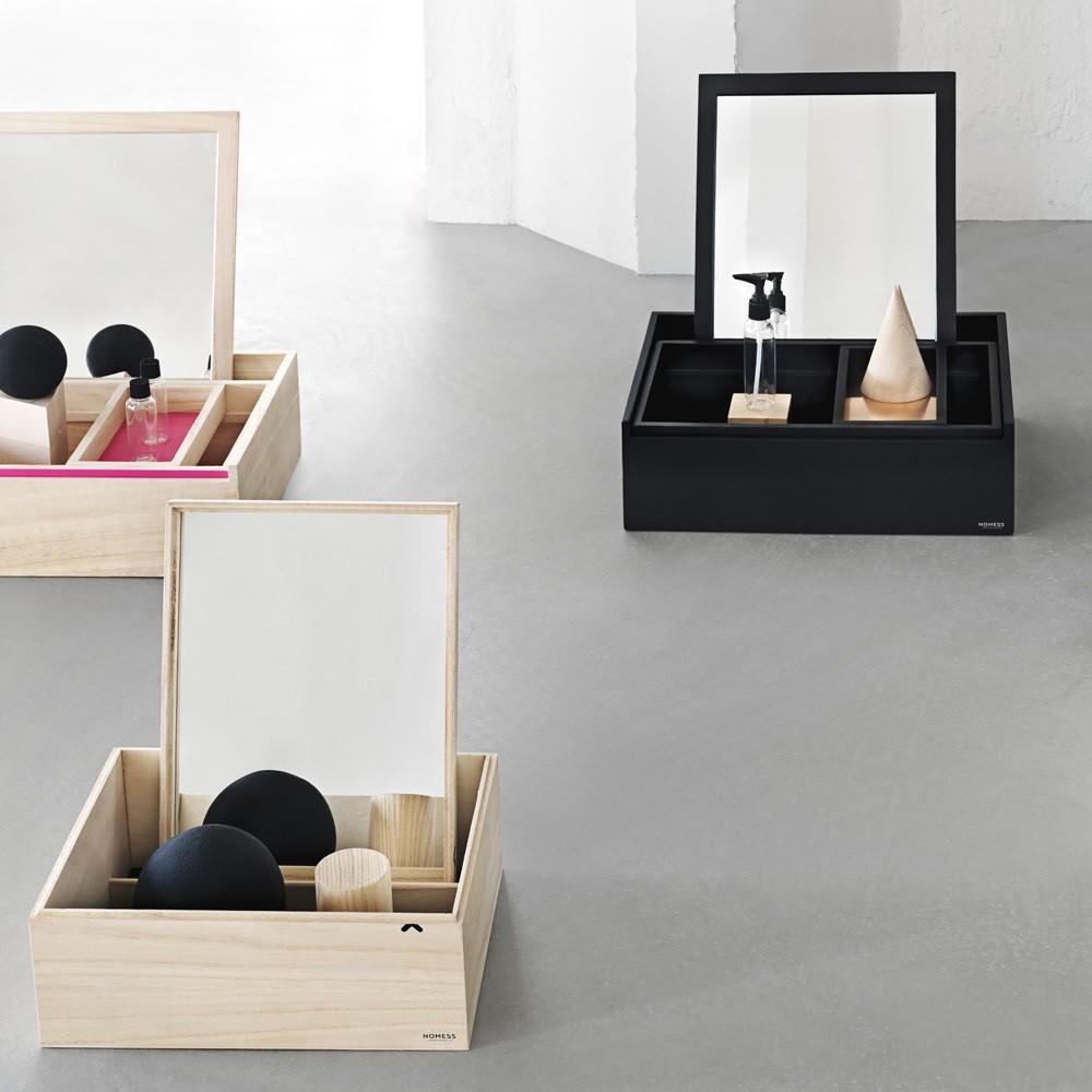 Bo te de rangement avec miroir balsabox noir nomess copenhagen for Miroir pivotant avec rangement