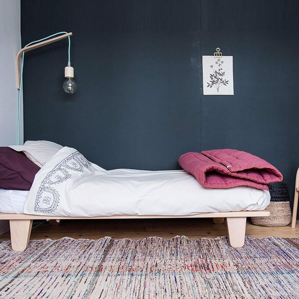 couverture matelass e brod e main rose camomile london design. Black Bedroom Furniture Sets. Home Design Ideas