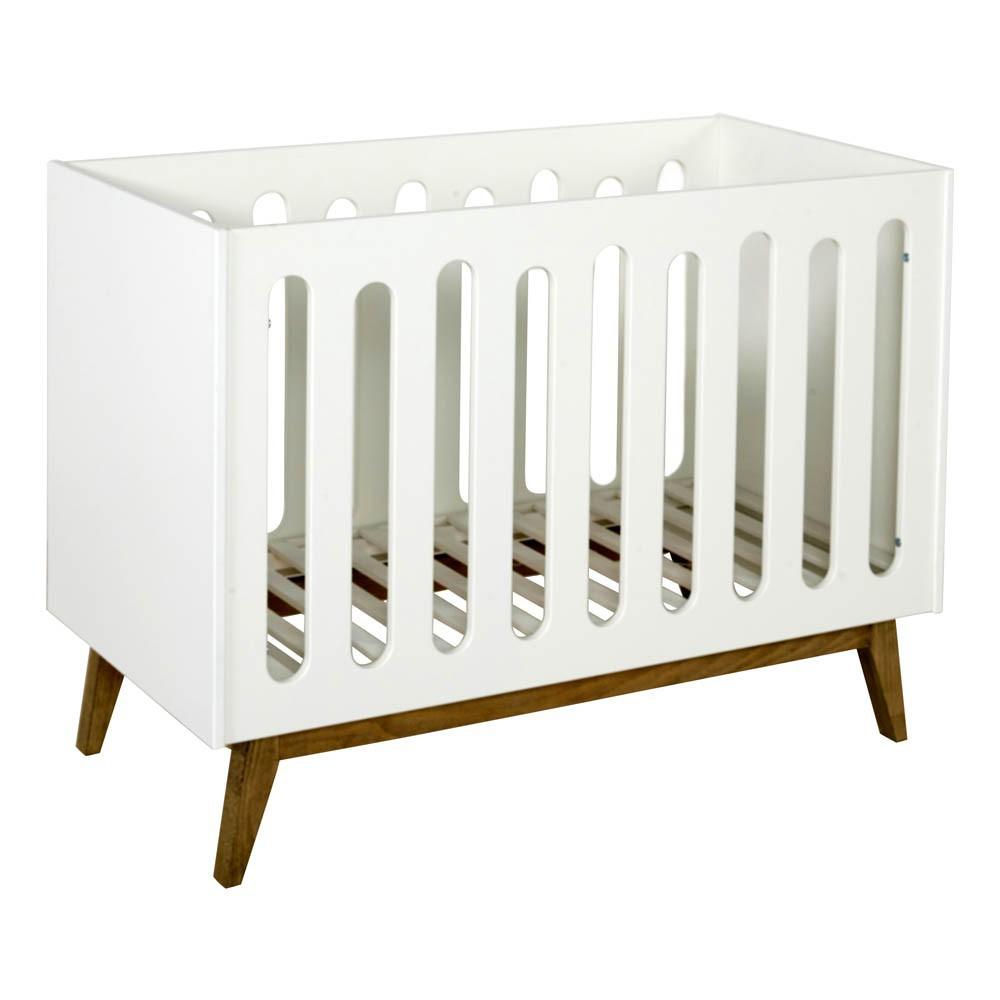 lit barreaux trendy 60x120 cm blanc quax design b b. Black Bedroom Furniture Sets. Home Design Ideas
