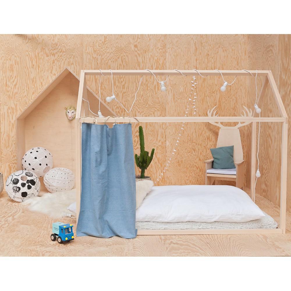 lit cabane en anglais. Black Bedroom Furniture Sets. Home Design Ideas
