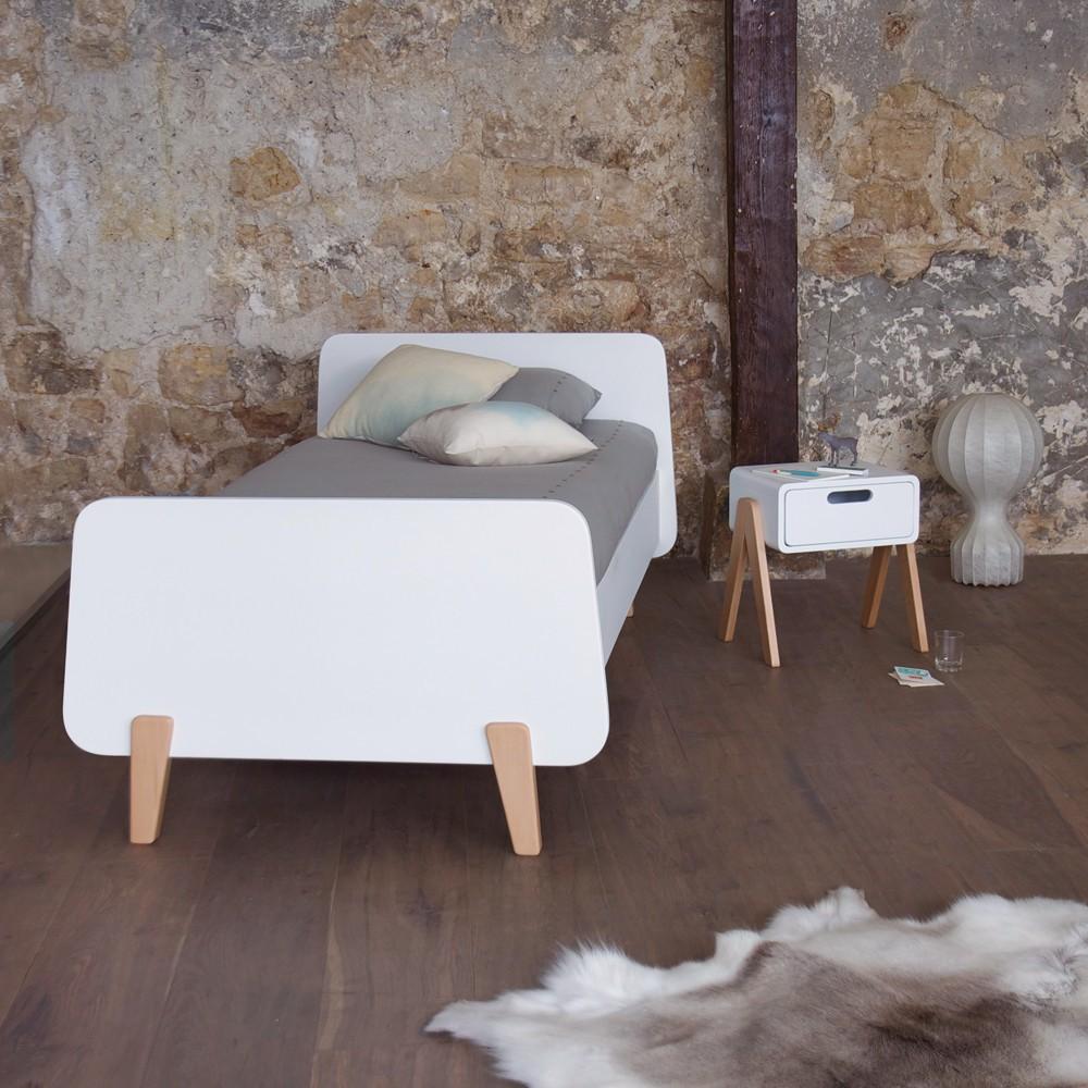 Lit Bois Naturel Design : Lit MM pieds bois naturel Blanc Laurette Design Enfant