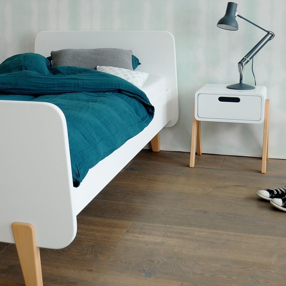 Lit Bois Naturel Design : Lit MM pieds bois naturel Bleu canard Laurette Design Enfant
