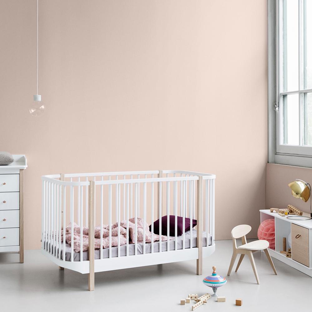 lit b b volutif 70x140 cm en ch ne naturel oliver furniture. Black Bedroom Furniture Sets. Home Design Ideas