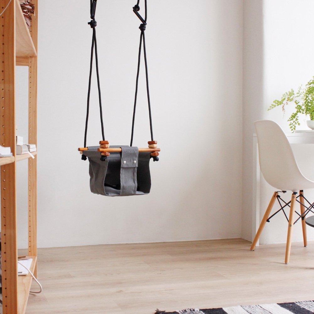 baby schaukel aus stoff und holz grau solvej swings spiele und. Black Bedroom Furniture Sets. Home Design Ideas