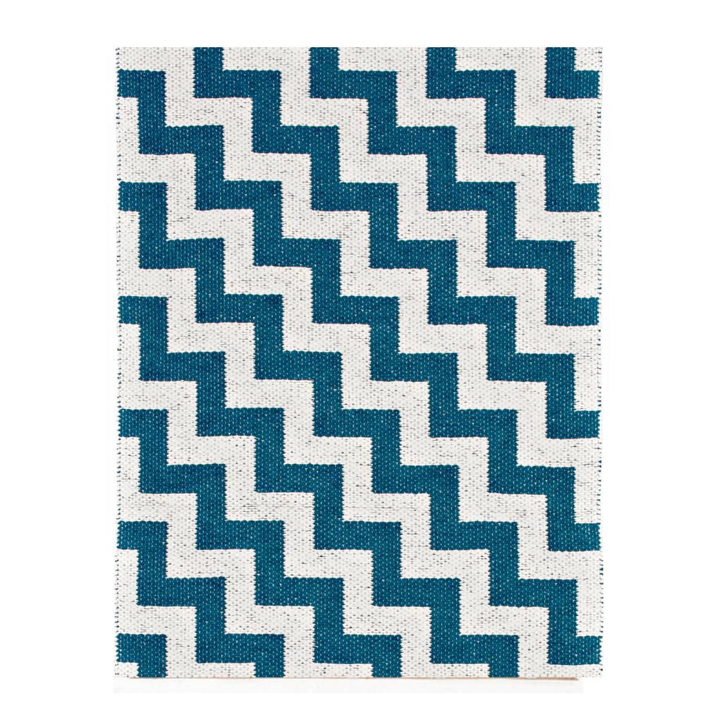 Teppich aus Plastik Gunnel Blau Brita Sweden Design Teenager