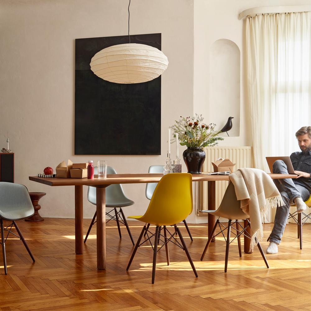 oiseau eames house bird charles ray eames 1947 noir vitra. Black Bedroom Furniture Sets. Home Design Ideas