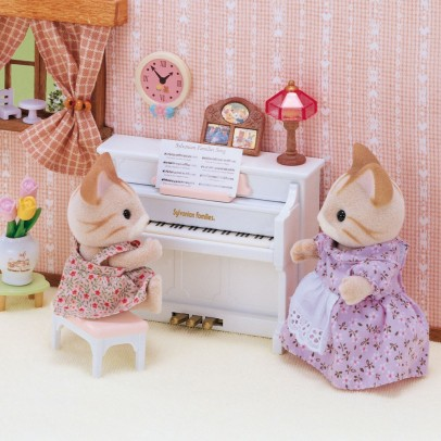 Sylvanian White piano set-listing