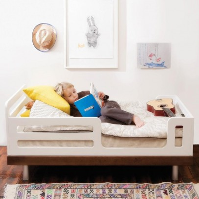 Oeuf NYC Classic Birch Junior Bed-listing