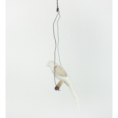 Tamar Mogendorff Bird on a branch-listing