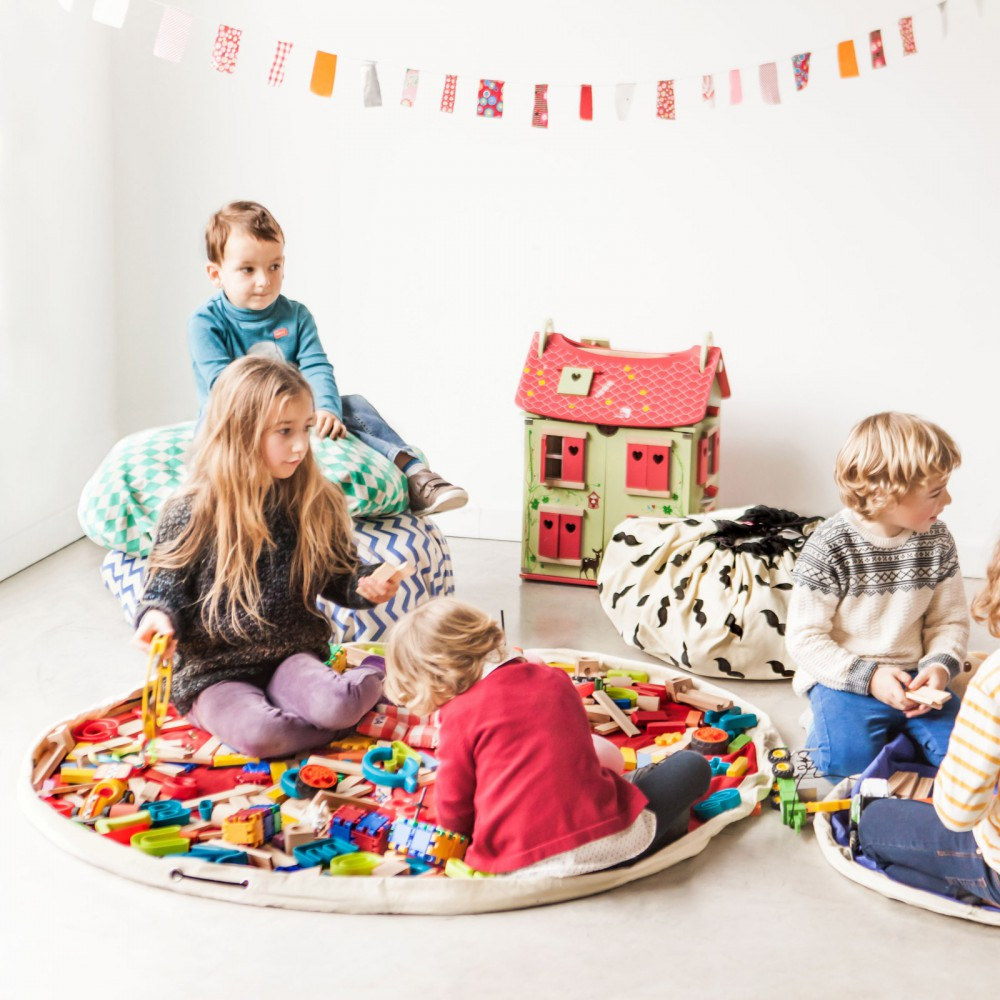 bag play mat moustaches black play and go toys and hobbies teen. Black Bedroom Furniture Sets. Home Design Ideas