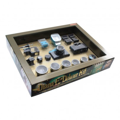 Lomography Diana Deluxe Camera Set-listing