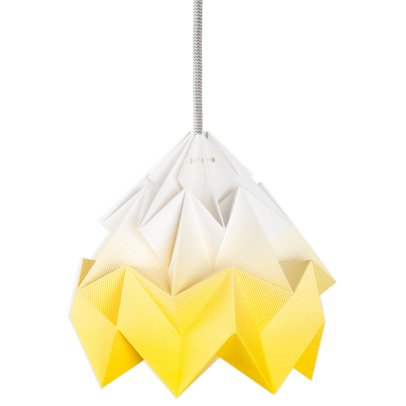 Studio Snowpuppe Suspension Moth-listing