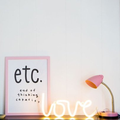 A little lovely company Neon Love Light-listing