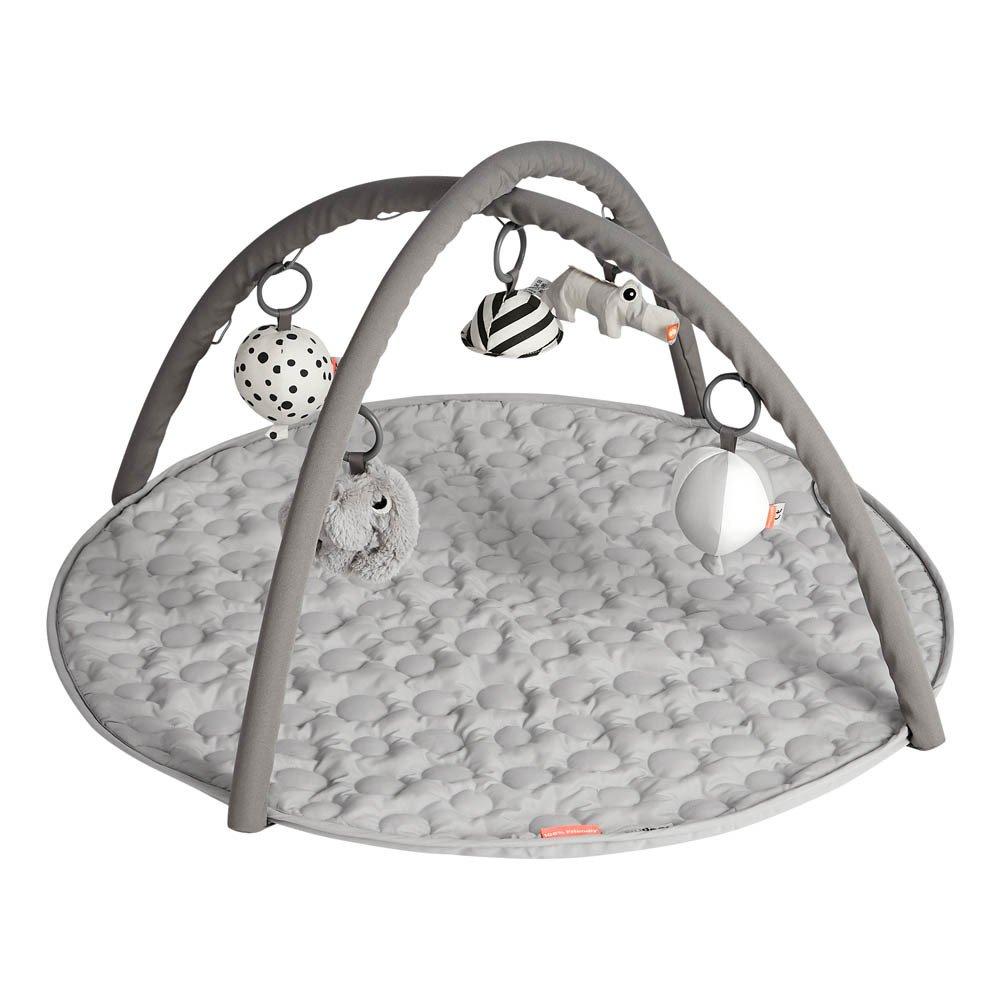tapis d 39 veil gris done by deer design b b. Black Bedroom Furniture Sets. Home Design Ideas