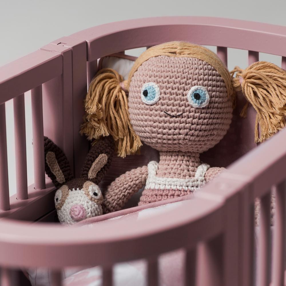 lit pour poup e en bois gris sebra jouet et loisir enfant. Black Bedroom Furniture Sets. Home Design Ideas