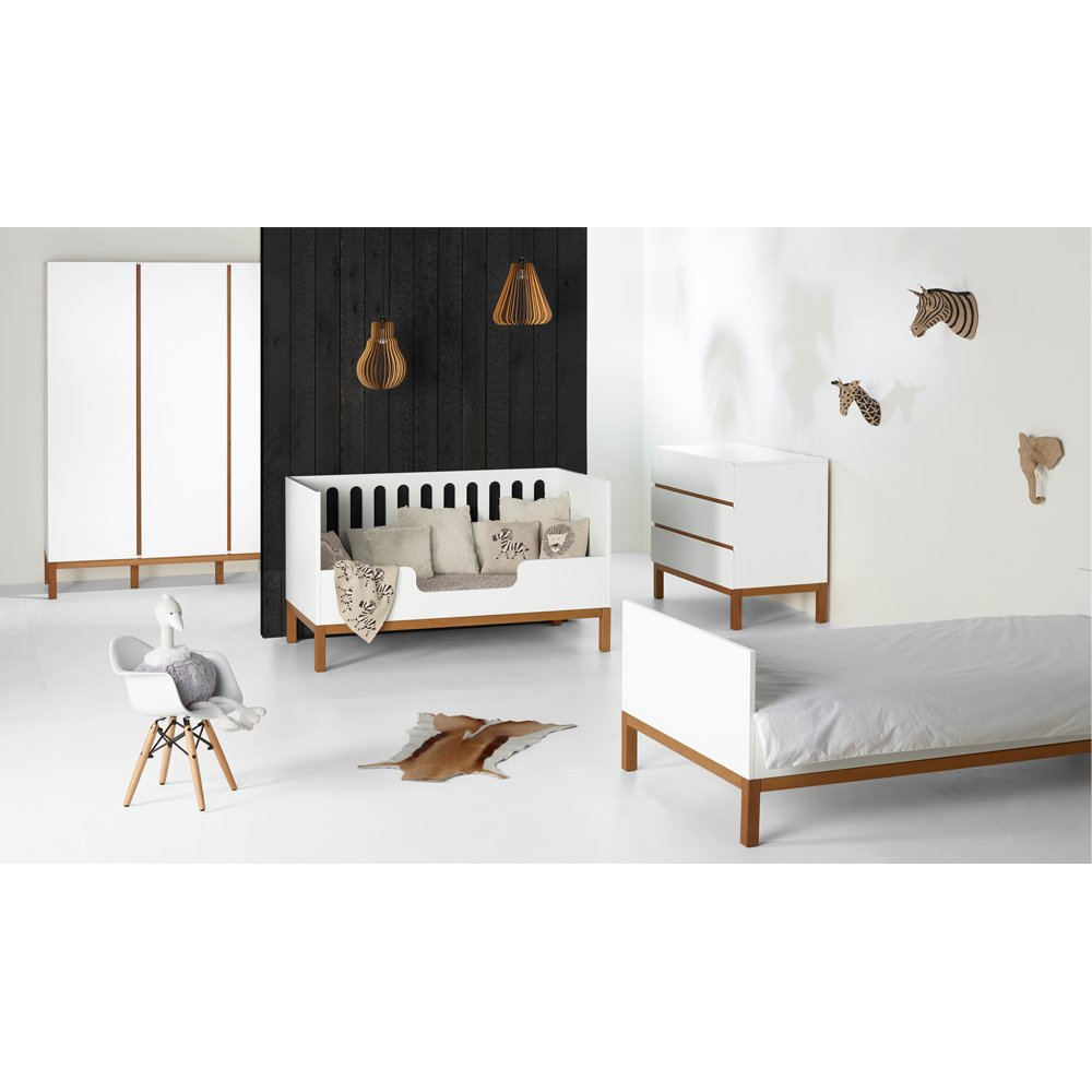 lit 1 personne indigo blanc quax design b b. Black Bedroom Furniture Sets. Home Design Ideas