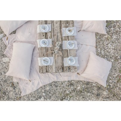 Numero 74 Light Blanket -product
